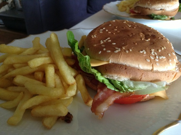 0813_burgerjacquet_12-jpg