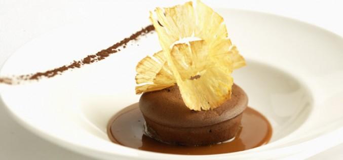 Recette : Mi‐cuit au chocolat GUANAJA, chips d'ananas