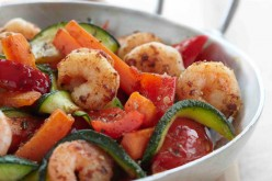 Recette : crevettes sautées aux légumes croquants façon wok