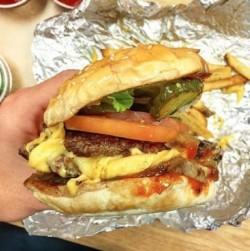 0616_FiveGuys_Burger