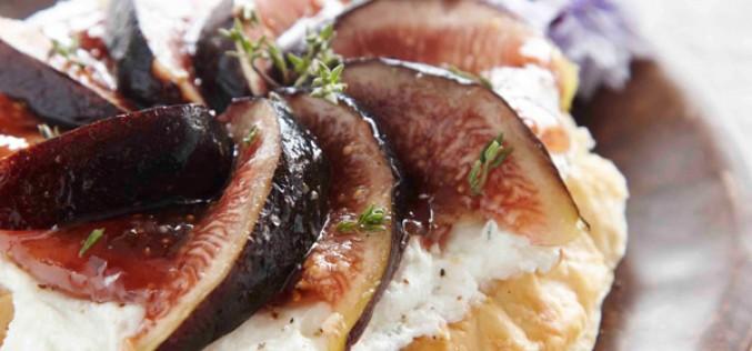 Recette : Tarte fine au chèvre et aux figues fraîches à la confiture de figues violettes