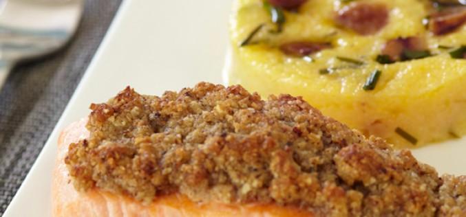 Recette : pavé de saumon en croûte de noisettes, polenta aux châtaignes et aux herbes