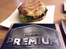 0915_McDonalds_GrandPremium_1
