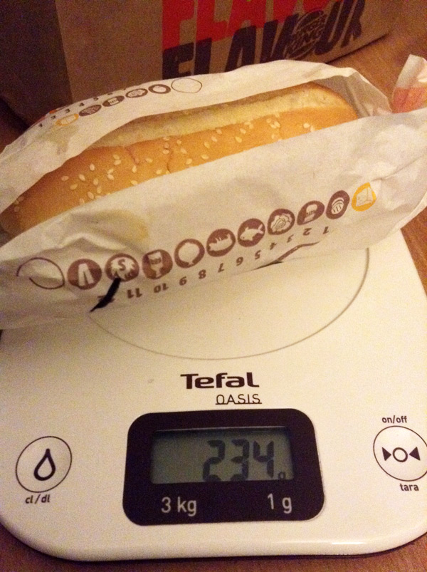 1215_BurgerKing_XTra-Long-Chili-Cheese_2